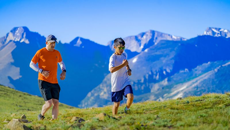 Este nuevo curso reserva tiempo para ¡practicar actividad física en familia! Te damos ocho razones para hacerlo
