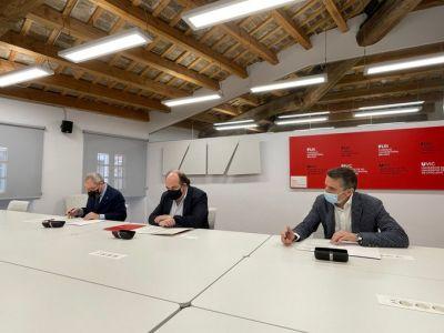 Acuerdo de colaboración entre Ita y la Facultad de Medicina de la UVic-UCC